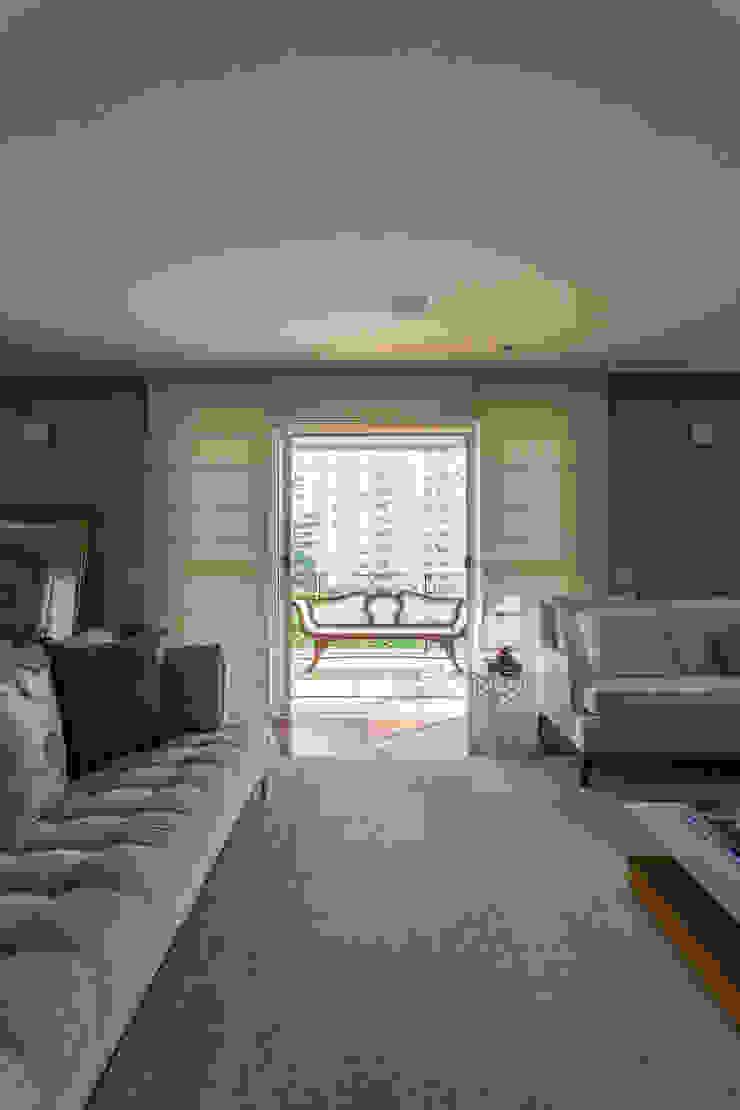 Apartamento Campo Belo 02 Salas de estar modernas por Karen Pisacane Moderno