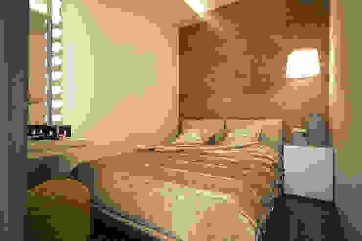 Дизайн-проект квартиры в стиле лофт. Спальня в стиле лофт от Александра Петропавловская Лофт Дерево Эффект древесины