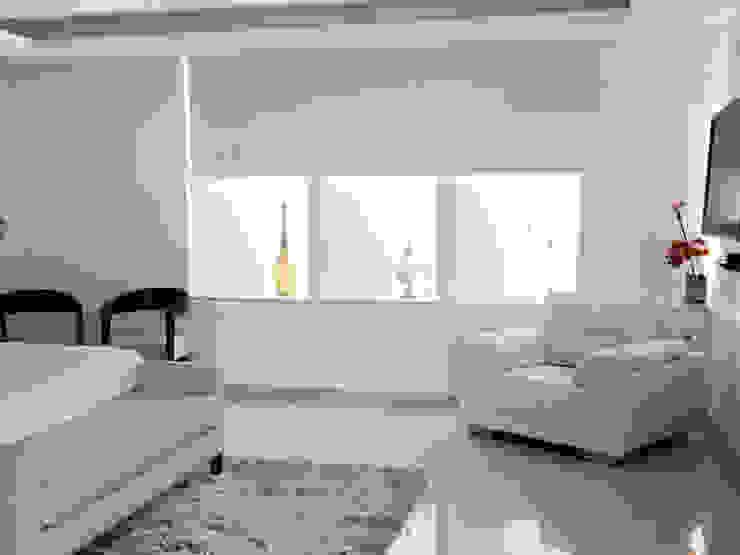 Chambre minimaliste par Persianas La Sombra Minimaliste