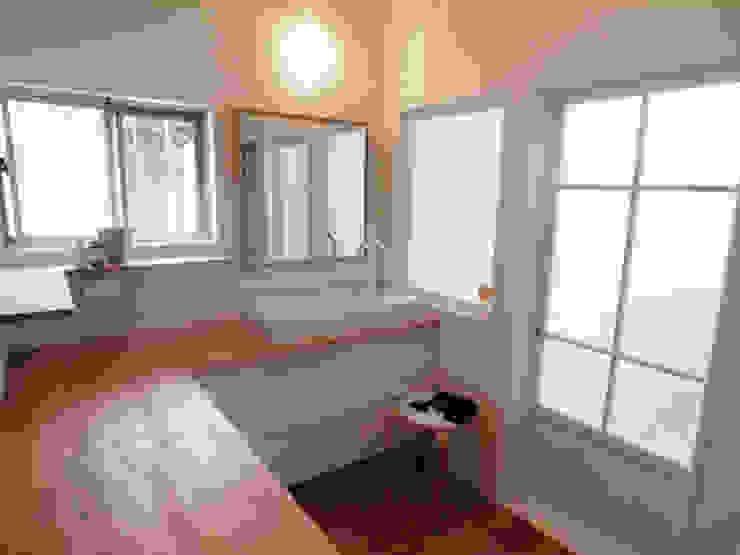 「AKIYA HOUSE」 オリジナルスタイルの お風呂 の vibe design inc. オリジナル
