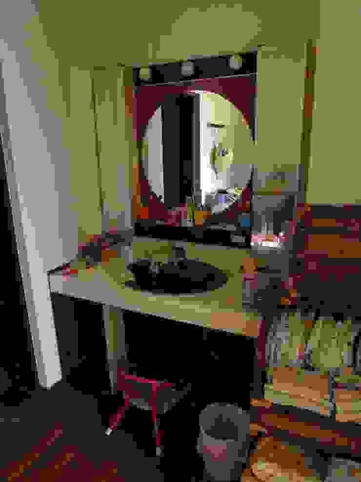 改修前 1階 洗面脱衣室 の 松本勇介建築設計事務所 / Office of Yuusuke MATSUMOTO