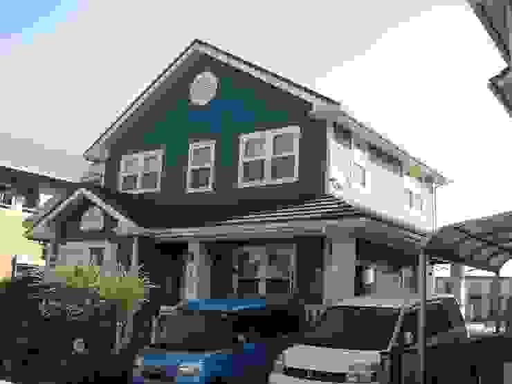 Casas de estilo colonial de ヒロ・デザイン・ラボ Colonial