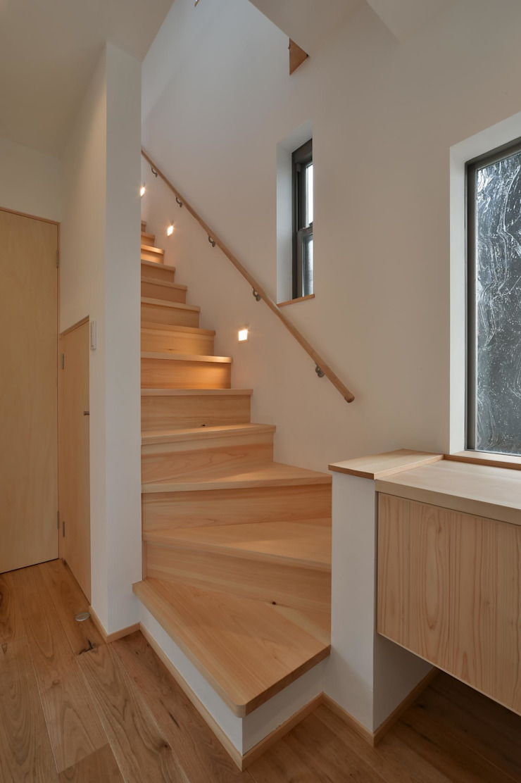 若山建築設計事務所 Modern corridor, hallway & stairs