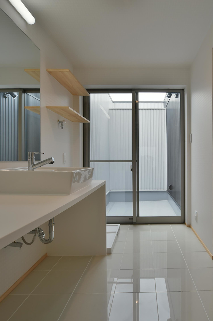 若山建築設計事務所 Modern bathroom