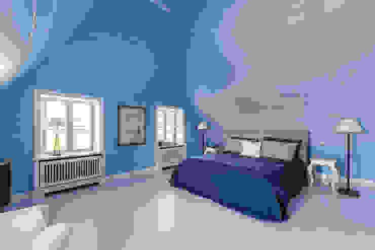 クラシカルスタイルの 寝室 の Ralph Justus Maus Architektur クラシック