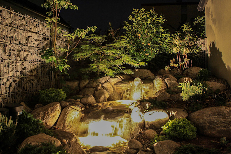 Designergarten im asiatischen Stil -GardScape- private gardens by Christoph Harreiß Asiatischer Garten