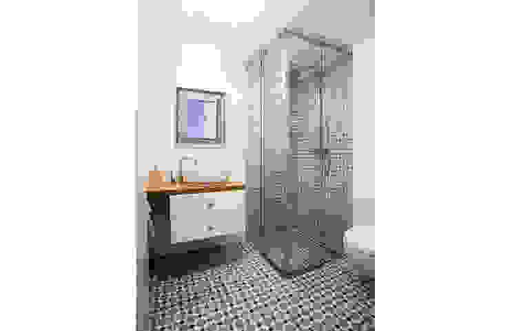 Eclectische badkamers van INSPACE Eclectisch