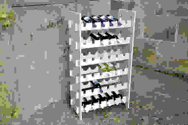 das wunschmöbel의  와인 저장실