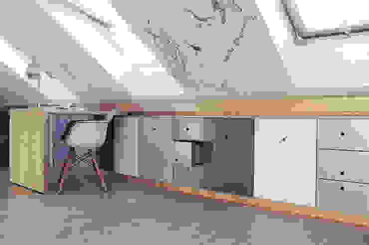 Projekt pokoju dla ucznia Nowoczesny pokój dziecięcy od COI Pracownia Architektury Wnętrz Nowoczesny