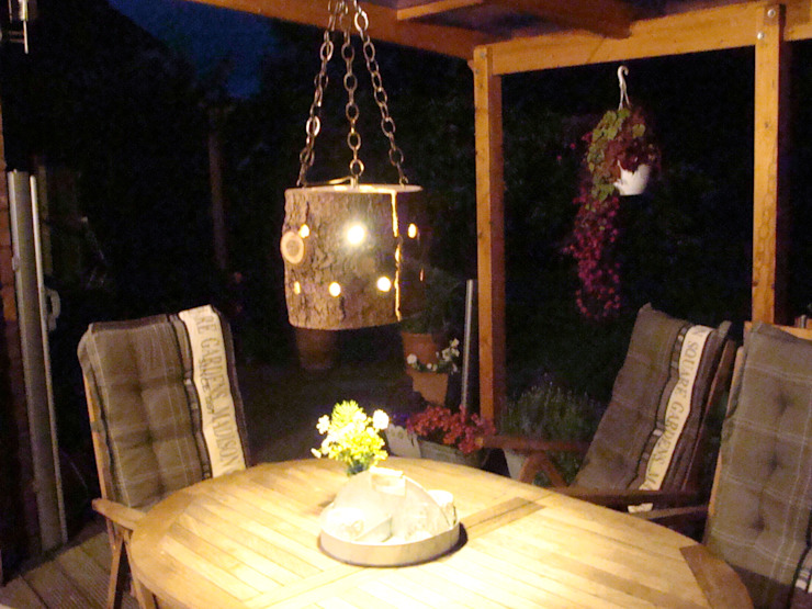 homify Garden Lighting Wood Brown