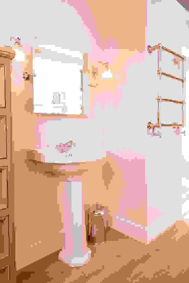 Kenny&Mason BathroomSinks