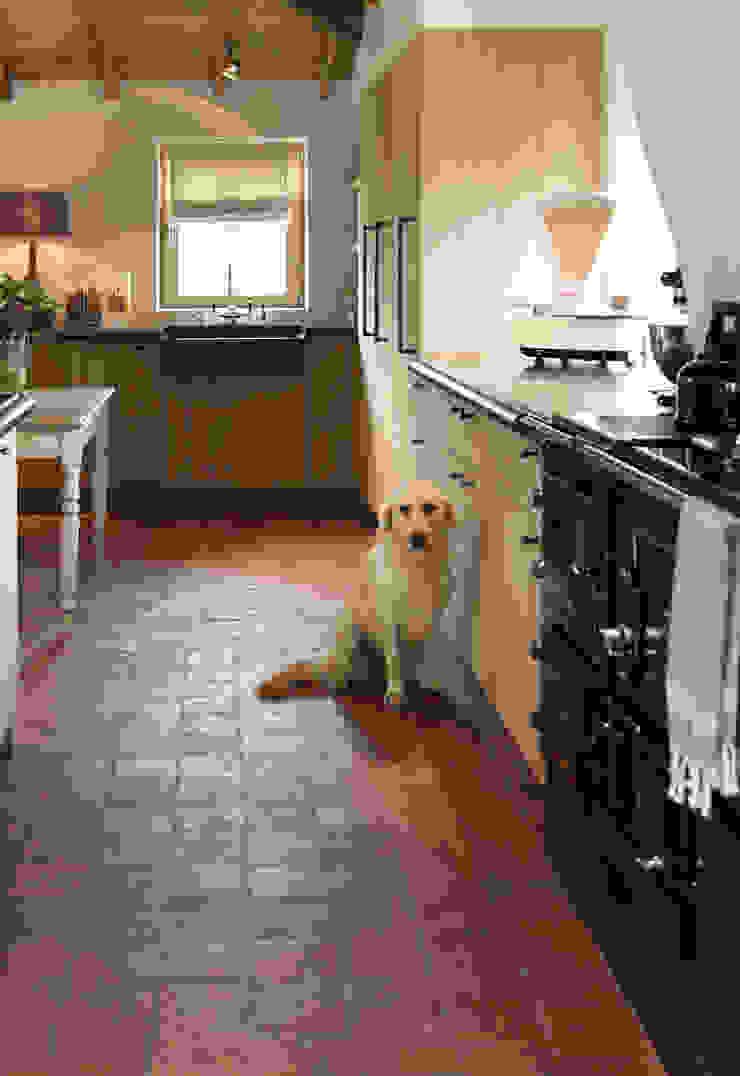 Taps&Baths 廚房洗手台與水龍頭