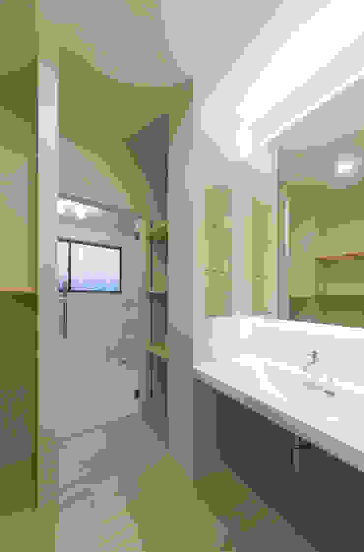 1階 ラバトリー の 松本勇介建築設計事務所 / Office of Yuusuke MATSUMOTO