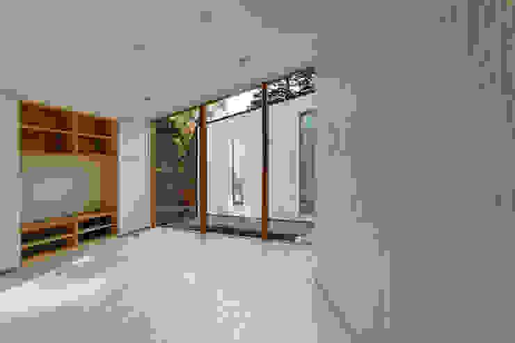 子世帯 オリジナルデザインの リビング の 清正崇建築設計スタジオ オリジナル