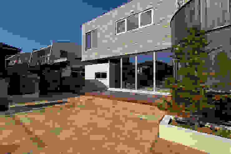 外観 オリジナルな 家 の 清正崇建築設計スタジオ オリジナル