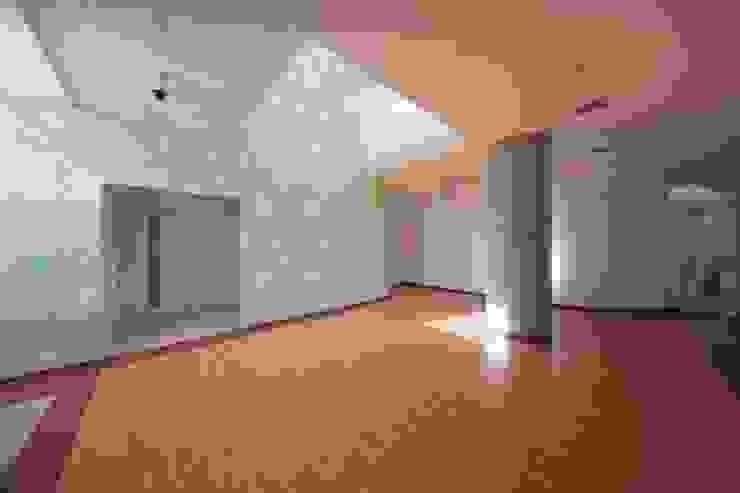 1階ホール オリジナルな医療機関 の 清正崇建築設計スタジオ オリジナル