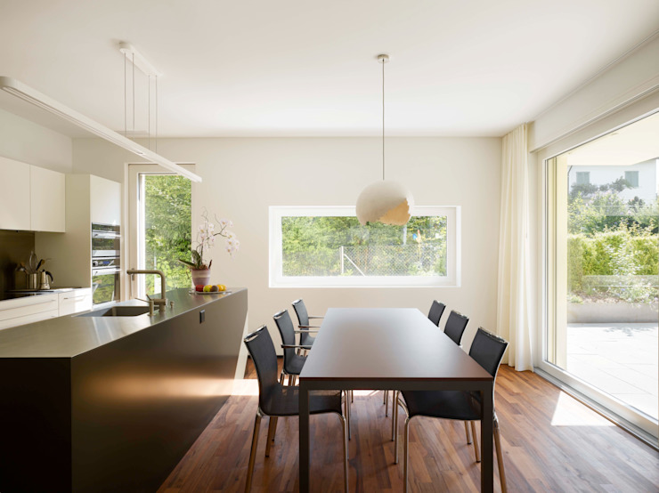 Cozinhas modernas por Merlo Architekten AG Moderno