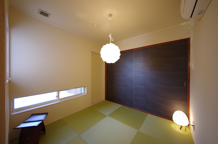 WORKS HOUSE オリジナルデザインの 多目的室 の 徳永建築事務所 オリジナル