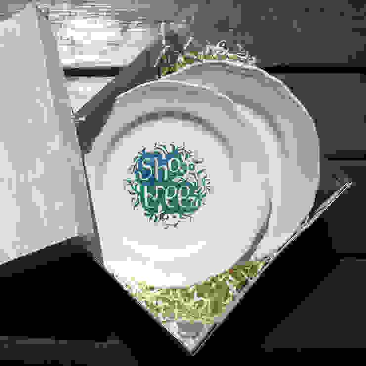 Тарелка с лого от Shatreez Минимализм