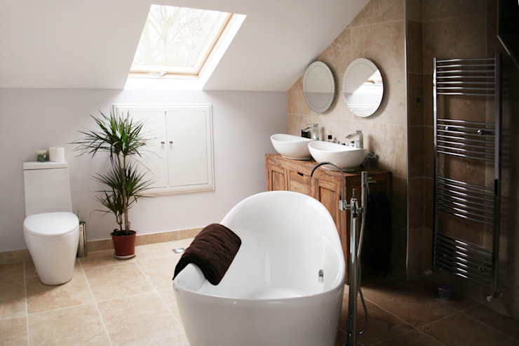 Chiswick, Hounslow W4, London | House extension Modern Bathroom by GOAStudio | London residential architecture Modern