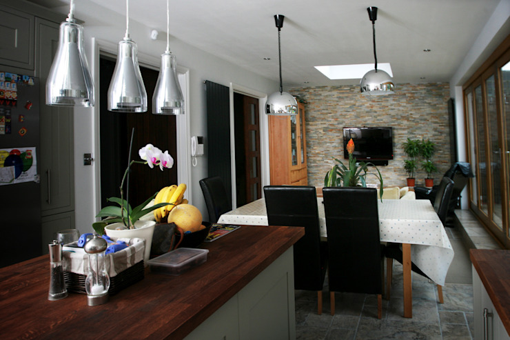 Chiswick, Hounslow W4, London | House extension Modern Dining Room by GOAStudio | London residential architecture Modern