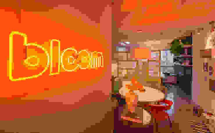 Bloom Arquitetura e Design por Bloom Arquitetura e Design Moderno
