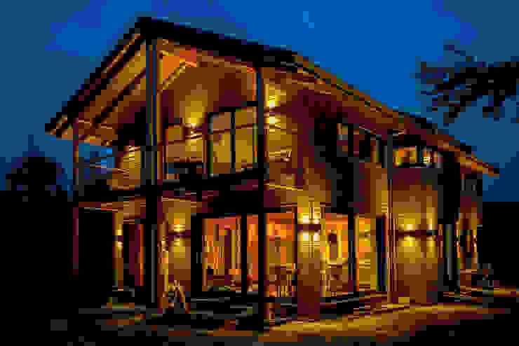 Moderner Landhausstil - Fassade mit Douglasienholzverschalung Landhäuser von architektur. malsch - Planungsbüro für Neubau, Sanierung und Energieberatung Landhaus