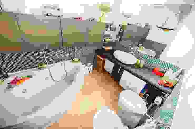 Luce naturale in bagno Studio Prospettiva Bagno moderno