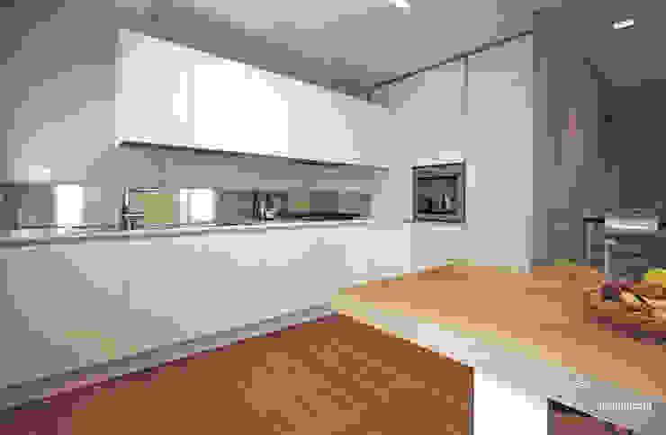 Casa in bifamiliare Luca Mancini | Architetto Cucina moderna
