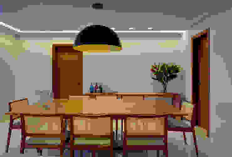 Sala de Jantar Lage Caporali Arquitetas Associadas Sala de jantarAcessórios e decoração