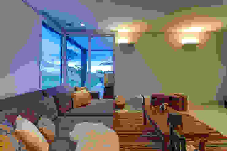 Estar Íntimo Lage Caporali Arquitetas Associadas Sala de estarTV e mobiliário