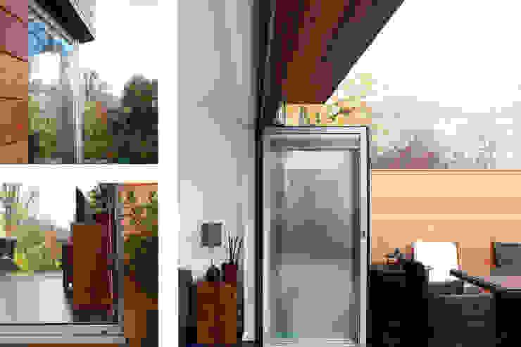 Brockley, Lewisham SE4, London | House extension: modern  by GOAStudio | London residential architecture, Modern