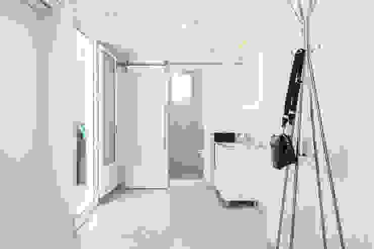 Baño ensuite Baños de estilo minimalista de Markham Stagers Minimalista