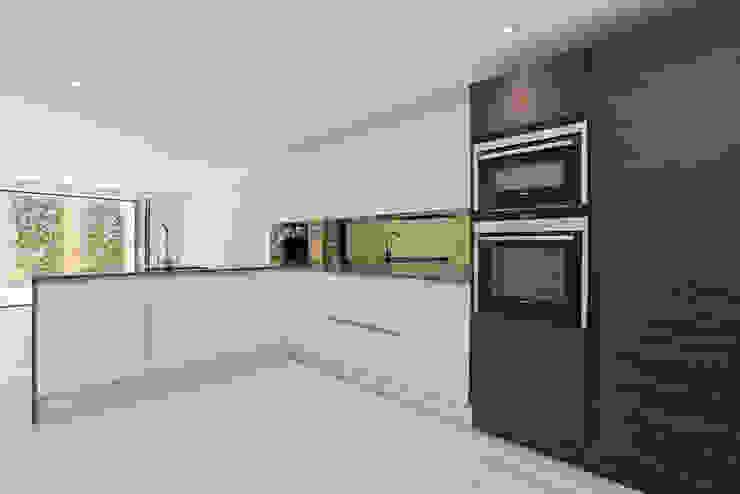 FNI - Islington Modern kitchen by Excelsior Kitchens Limited Modern