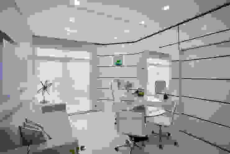 Oficinas de estilo  por Arquiteto Aquiles Nícolas Kílaris, Moderno