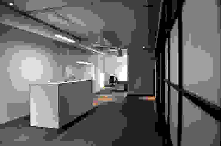 Módulo de Secretarias de DF ARQUITECTOS Moderno