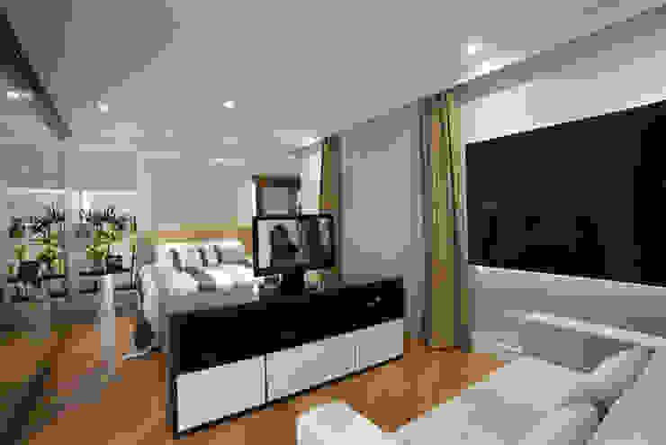Dormitorios de estilo moderno de Arquiteto Aquiles Nícolas Kílaris Moderno