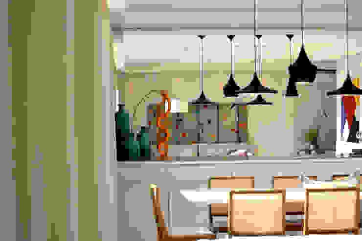 Comedores minimalistas de Helô Marques Associados Minimalista