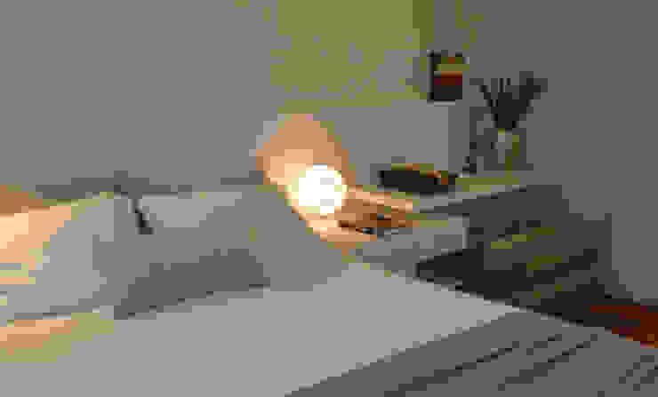Bedroom by Helô Marques Associados, Minimalist