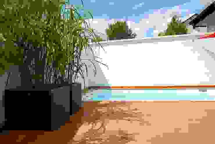 Future Pool GmbH Nowoczesny basen