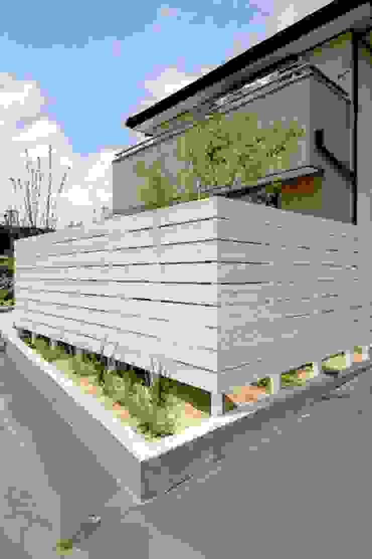 武芸川町の庭 オリジナルな 庭 の LIVING DESIGN オリジナル