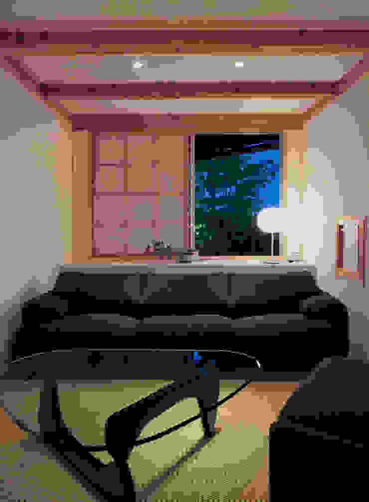 kitadoi house 和風デザインの リビング の 髙岡建築研究室 和風
