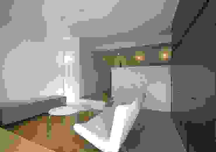 リビング モダンスタイルの 玄関&廊下&階段 の 有限会社笹野空間設計 モダン