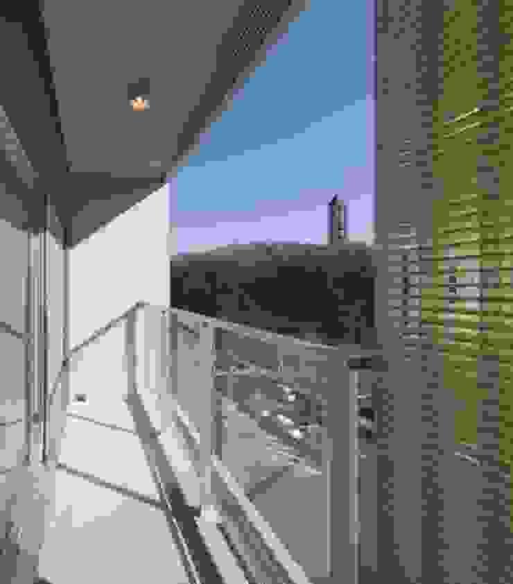バルコニー モダンデザインの テラス の 有限会社笹野空間設計 モダン