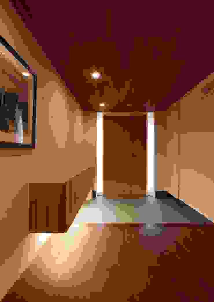 玄関 モダンスタイルの 玄関&廊下&階段 の 有限会社笹野空間設計 モダン