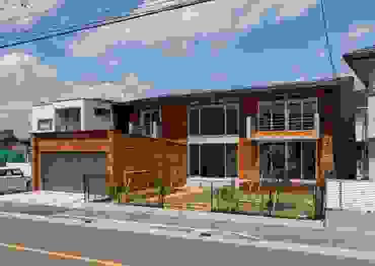 羽根の家: 笹野空間設計が手掛けた家です。,モダン