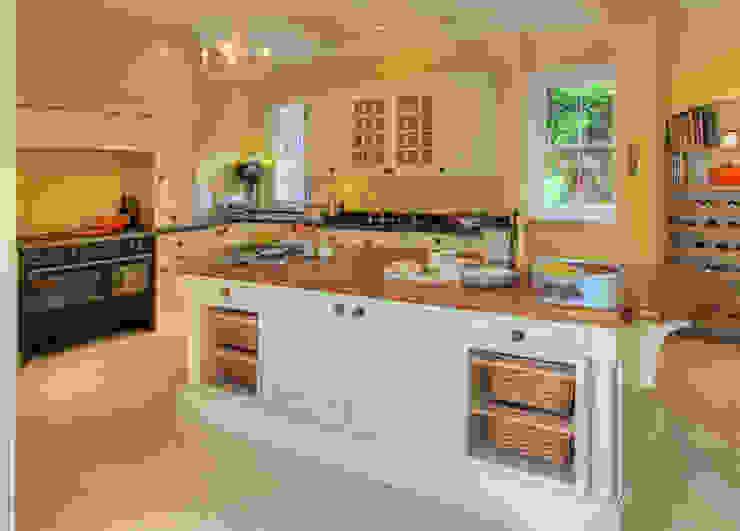 Bossington House, Adisham Kent Cozinhas campestres por Lee Evans Partnership Campestre