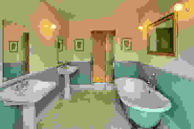 Bossington House, Adisham Kent Country style bathroom by Lee Evans Partnership Country