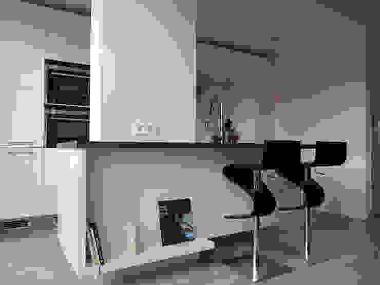 現代廚房設計點子、靈感&圖片 根據 De Ontwerpdivisie 現代風