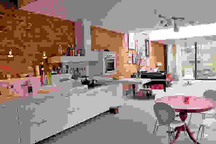 keuken en daklicht: modern  door Tijmen Ploeg Architecten, Modern